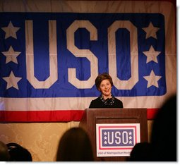 Mrs. Laura Bush addresses her remarks during the 25th Anniversary United Service Organizations (USO) of Metropolitan Washington Annual Awards Dinner in Arlington, Va., March 27, 2007, where Mrs. Bush was presented with the 2007 USO Service Award. White House photo by Shealah Craighead