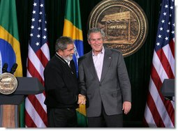 President George W. Bush and Brazilian President Luiz Inacio Lula da Silva shake hands at the conclusion of their joint news conference Saturday, March 31, 2007, at Camp David. White House photo by Joyce Boghosian
