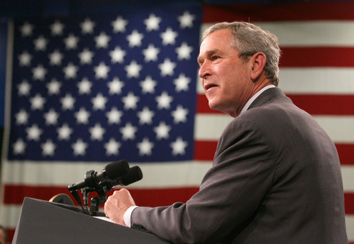 President George W. Bush delivers his remarks to military personnel and their families during a luncheon Wednesday, April 4, 2007, at Fort Irwin, Calif. White House photo by Eric Draper