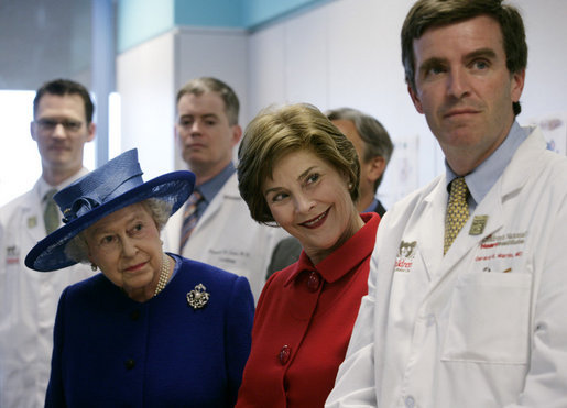 Mrs. Laura Bush and Her Majesty Queen Elizabeth II of Great Britain meet with staff members Tuesday, May 8, 2007, during a visit to the Children's National Medical Center in Washington, D.C. White House photo by Shealah Craighead