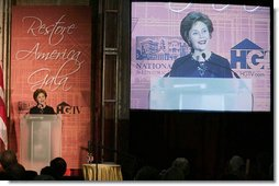 Mrs. Laura Bush addresses guests Tuesday evening, June 12, 2007, at the National Trust for Historic Preservation Gala in Washington, D.C., highlighting the importance of the saving historic places across the nation and honoring the efforts of the National Trust for Historic Preservation to preserve the nation's historical treasures. Mrs. Bush was honored with an award for her sustained commitment and contributions to the preservation of America's heritage.  White House photo by Shealah Craighead