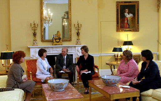 Mrs. Laura Bush hosts a coffee for Mrs. Maria Kaczynska, First Lady of Poland, in the Yellow Oval Room Monday, July 16, 2007. White House photo by Shealah Craighead