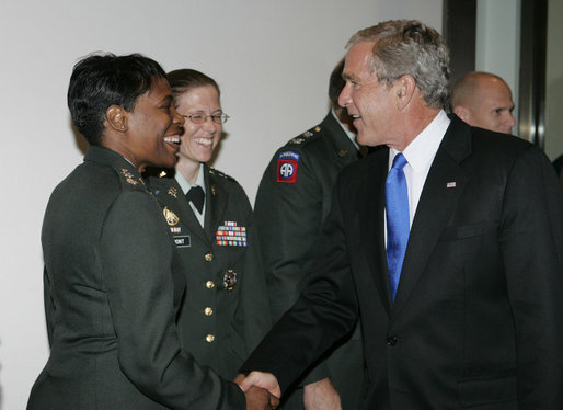 President George W. Bush visits with military personnel Friday, Aug. 31, 2007, at the Pentagon in Arlington, Va., after partcipating in U.S. Department of Defense briefings. White House photo by Joyce N. Boghosian