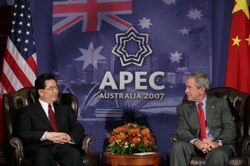 "President George W. Bush and President Hu Jintao of the People's Republic of China meet Thursday, Sept. 6, 2007, in Sydney. Among the topics discussed were climate change and economic relations. Said President Bush, ""It was a constructive and cordial conversation."" White House photo by Eric Draper"