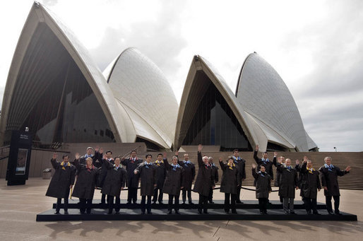 President George W. Bush joins fellow APEC leaders for the official portrait Saturday, Sept. 8, 2007, in front of the Sydney Opera House. White House photo by Chris Greenberg