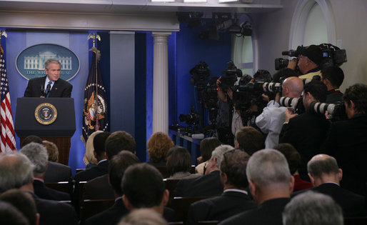 Members of the White House media focus their cameras on President George W. Bush Thursday, Sept. 20, 2007, during a morning press conference in the James S. Brady Briefing Room of the White House. White House photo by Chris Greenberg