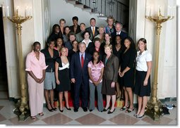 President George W. Bush stands with members of the University of Tennessee Women's Championship Basketball Team Friday, Sept. 21, 2007, at the White House during a photo opportunity with the 2006 and 2007 NCAA Sports Champions. White House photo by Chris Greenberg