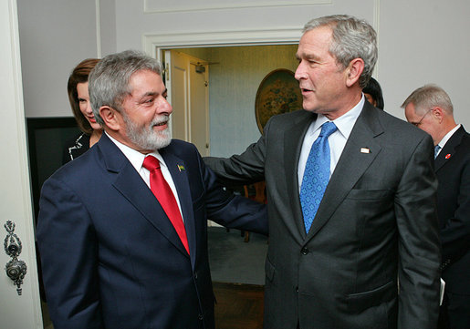 "President George W. Bush meets with President Luiz Inacio Lula da Silva of Brazil Monday, Sept. 24, 2007, in New York. ""We talked about alternative fuels. Brazil, under President Lula's leadership, is a leading producer of ethanol,"" said President Bush about their meeting. White House photo by Eric Draper"