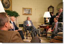 "President George W. Bush discussed the economy with the press Friday, Oct. 5, 2007, in the Oval Office. Pictured with the President are, from left: OMB Director Jim Nussle, CEA Chairman Ed Lazear and NEC Director Al Hubbard. ""I want to thank members of my economic team for coming in the Oval Office this morning to bring some good news here for America's families and America's working people. The -- last month our economy added 110,000 new jobs,"" said President Bush. ""And that's good news for people here in our country. It's an indicator that this economy is a vibrant and strong economy."" White House photo by Eric Draper"