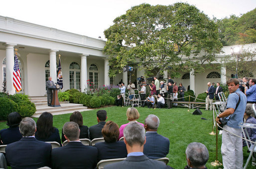"President George W. Bush discusses the reauthorization of the No Child Left Behind Act Tuesday, Oct. 9, 2007, in the Rose Garden. ""We just had a meaningful discussion about our joint commitment to closing an achievement gap that exists in America. We discussed why reauthorizing the No Child Left Behind Act is vital in ensuring that we have a hopeful America,"" said President Bush. White House photo by Eric Draper"