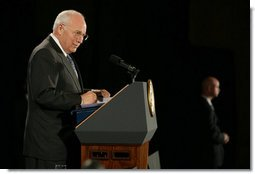 Vice President Dick Cheney delivers remarks at the Washington Institute for Near East Policy's annual Weinberg Founders Conference, Sunday, Oct. 21, 2007, in Lansdowne, Va. The Weinberg Founders Conference brings together scholars, diplomats, journalists and experts from around the globe for nonpartisan discussions on issues surrounding U.S. Middle East policy. White House photo by David Bohrer
