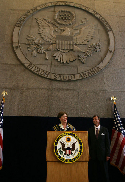 Mrs. Laura Bush addresses U.S. embassy staff Tuesday, Oct. 23, 2007, during her visit to Riyadh, Saudi Arabia. White House photo by Shealah Craighead