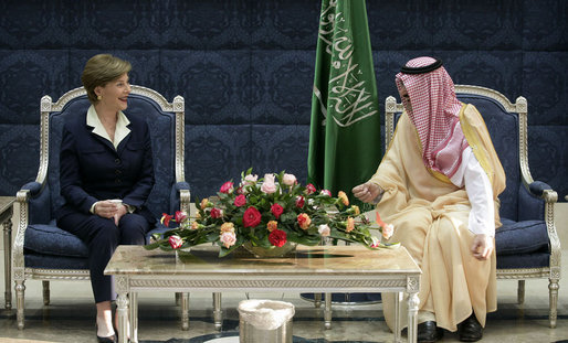 Mrs. Laura Bush meets with His Royal Highness Prince Mishaael bin Majed bin Abdul Aziz, the Governor of Jeddah, upon her arrival Tuesday, Oct. 23, 2007, to Jeddah, Saudi Arabia. White House photo by Shealah Craighead