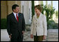 Mrs. Laura Bush is received by His Majesty King Abdullah II at Beit al Urdun Thursday, Oct. 25, 2007, in Amman, Jordan. White House photo by Shealah Craighead