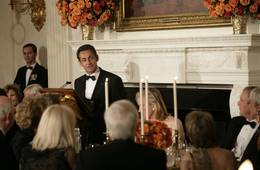 "President Nicolas Sarkozy offers a toast during dinner in his honor Tuesday, Nov. 6, 2007, at the White House. Said the French President, "". I say the following words from the bottom of my heart: Long live Franco-American friendship. Long live the United States. Long live France."" White House photo by Eric Draper"