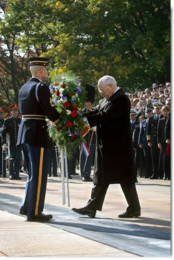 Vice President Dick Cheney lays a wreath at the Tomb of the Unknown Soldier during Veterans Day ceremonies, Sunday, Nov. 11, 2007, at Arlington National Cemetery in Arlington, Va. White House photo by David Bohrer