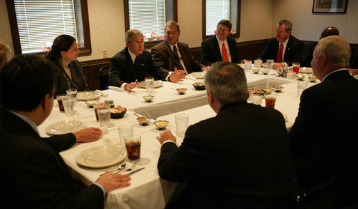 President George W. Bush meets with business and community leaders for lunch at Sam's Tavern Tuesday, Nov. 13, 2007, in New Albany, Indiana. White House photo by Chris Greenberg