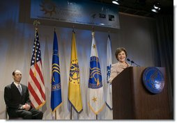 "After being introduced by Health and Human Services Deputy Secretary Tevi Troy (pictured at left), Mrs. Laura Bush addresses the 2007 National Prevention and Health Promotion Summit Tuesday, Nov. 27, 2007, in Washington, D.C. ""Poor health takes an enormous toll on our economy. Sick workers cost businesses millions of dollars in lost productivity,"" said Mrs. Bush. ""The private sector, and government, pay even more in insurance and health care costs. Medical treatment for chronic diseases costs $1.5 trillion dollars a year."" White House photo by Shealah Craighead"