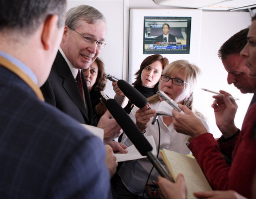 National Security Adviser Stephen Hadley holds a gaggle aboard Air Force One Wednesday, Jan. 9, 2008, prior to landing in Tel Aviv. White House photo by Eric Draper