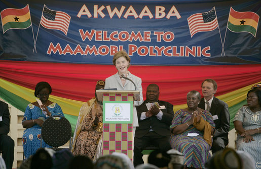 Mrs. Laura Bush thanks hospital staff, patients and invited guests for their welcome Wednesday, Feb. 20, 2008, to the Maamobi Polyclinic health facility in Accra, Ghana. White House photo by Shealah Craighead