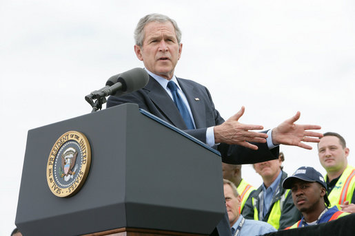 President George W. Bush delivers remarks on trade policy Tuesday, March 18, 2008, at the Blount Island Marine Terminal in Jacksonville, Fla. White House photo by Chris Greenberg