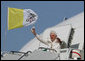 Pope Benedict XVI waves to cheering crowd on his arrival to Andrews Air Force Base, Md., Tuesday, April 15, 2008, where he was greeted by President George W. Bush, Laura Bush and their daughter, Jenna. White House photo by Shealah Craighead