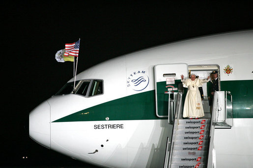 Pope Benedict XVI waves goodbye as he departs Sunday, April 20, 2008 from John F. Kennedy International Airport in New York, concluding a six-day visit to the U.S. that included a meeting with President George W. Bush, meetings with the Catholic faithful, interfaith dialogues and the celebration of Mass with over 57,000 people at Yankee Stadium in New York. White House photo by Shealah Craighead