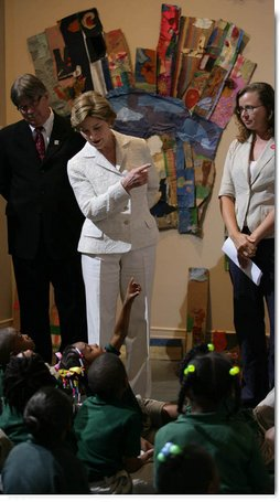 Mrs. Laura Bush speaks before a group of young students at the Ogden Museum for Southern Art Friday, May 30, 2008, in New Orleans, La. Mrs. Bush also recognized 2008 Institute of Museum and Library Services (IMLS) Grant awardees during her visit. White House photo by Shealah Craighead