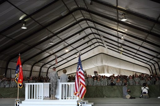 Mrs. Laura Bush delivers remarks to US troops during her visit to Bagram Air Force Base Sunday, June 8, 2008, in Bagram, Afghanistan. White House photo by Shealah Craighead