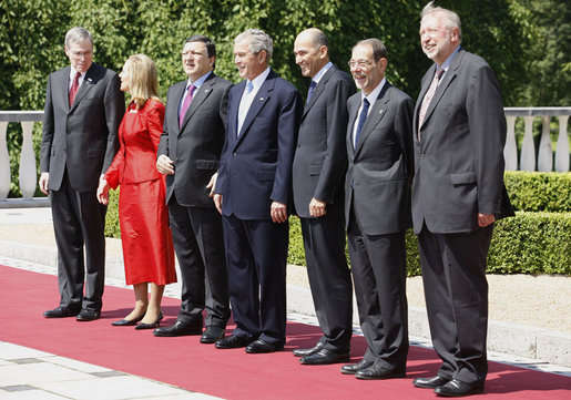 President George W. Bush stands for a photo with a delegation of European Union leaders, joined by National Security Advisor Steve Hadley, left, Tuesday, June 10, 2008 at Brdo Castle in Kranj, Slovenia. From left are, Steve Hadley, U.S. National Security Advisor; Benita Ferrero-Waldner, commissioner for External Relations and European Neighborhood Policy; European Commission President Jose Manuel Barroso; Slovenia Prime Minister Janez Jansa; European Union Secretary General Javier Solana and Dimitrij Rupel, Minister for Foreign Affairs. White House photo by Eric Draper