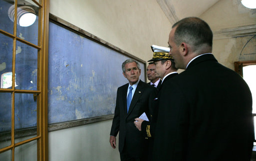 President George W. Bush stops at a memorial marking the execution location of French resistants by the Nazis during his visit to Mont Valerien Saturday, June 14, 2008, in Paris. White House photo by Chris Greenberg