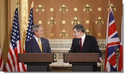 President George W. Bush and British Prime Minister Gordon Brown attend a joint news conference Monday, June 16, 2008 in London. White House photo by Eric Draper