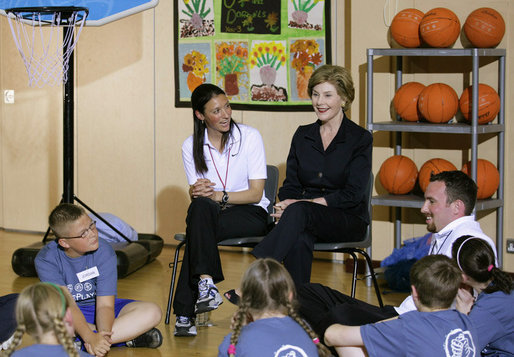 Mrs. Laura Bush speaks with students in the Lough View Integrated Primary School's Gym in Belfast, Northern Ireland, June 16, 2008. White House photo by Shealah Craighead