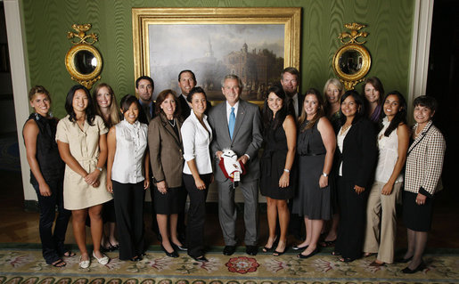 President George W. Bush stands with members of the University of Southern California Women's Golf team, Tuesday, June 24, 2008, during a photo opportunity with the 2007 and 2008 NCAA Sports Champions. White House photo by Eric Draper