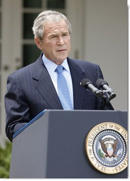 President George W. Bush, speaking to reporters Monday, July 14, 2007 in the Rose Garden at the White House, annnounces he has issued a memorandum to lift the executive prohibition on oil exploration in the Outer Continental Shelf. White House photo by Eric Draper