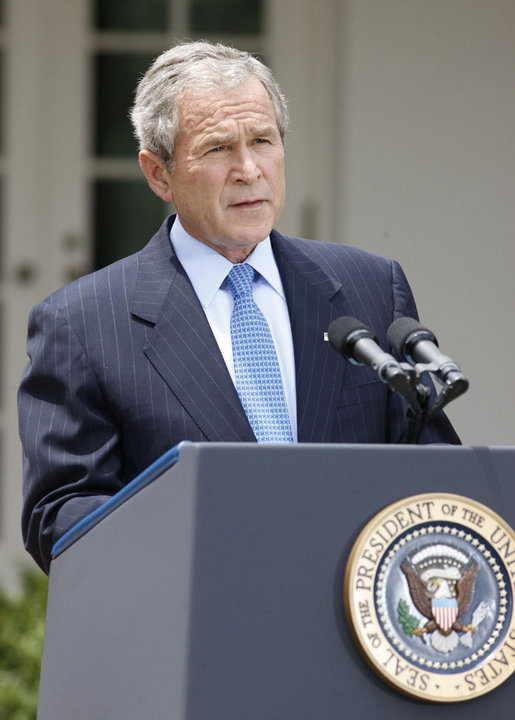 President George W. Bush, speaking to reporters Monday, July 14, 2008 in the Rose Garden at the White House, announces he has issued a memorandum to lift the executive prohibition on oil exploration in the Outer Continental Shelf. White House photo by Eric Draper