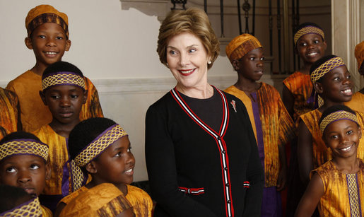 Mrs. Laura Bush meets members of the African Children's Choir Wednesday, July 30, 2008, prior to their musical performance at the White House. White House photo by Eric Draper