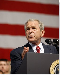 President George W. Bush speaks to military personnel Monday, Aug. 4, 2008, at Eielson Air Force Base, Alaska. The stop was the first on the trip by the President and Mrs. Laura Bush to Asia.  White House photo by Eric Draper
