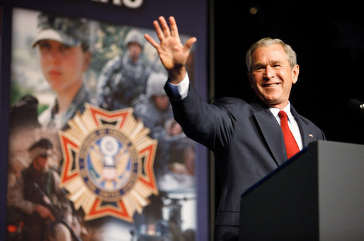 President George W. Bush waves as he acknowledges the applause from the audience at his address Wednesday, Aug. 20, 2008, to the Veterans of Foreign Wars National Convention in Orlando, Fla. President Bush thanked the members of the VFW for their work on behalf of America's veterans and their support in fighting the war on terror. White House photo by Eric Draper