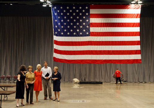 Mrs. Laura Bush and Mrs. Cindy McCain visit the Minneapolis Convention Center Monday, September 1, 2008, in an effort to bring attention to the work that volunteers are doing to support the victims of Hurricane Gustav. White House photo by Shealah Craighead