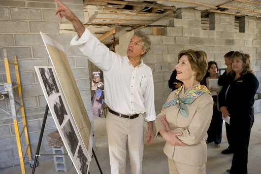Mrs. Laura Bush views the restoration of the original home of Alexander Hamilton with Stephen Spaulding, National Park Service Chief of the Architectural Preservation Division, at what is now a part of the Hamilton Grange National Memorial in New York City, Sept. 24. The building was once the historic home of Alexander Hamilton. White House photo by Chris Greenberg