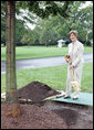 Mrs. Laura Bush plants a Silver Leaf Linden tree during a commemorative tree planting ceremony Saturday, Sept. 27, 2008, on the South Lawn of the White House. The tradition of planting a commemorative tree dates back to 1830 when President Andrew Jackson planted two Southern Magnolias on either side of the South Portico of the White House. White House photo by Joyce N. Boghosian