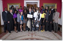 President George W. Bush poses with members of the Louisiana State University Women's Outdoor Track and Field Team Wednesday, Nov. 12, 2008, during a photo opportunity with 2008 NCAA Sports Champions at the White House. White House photo by Chris Greenberg