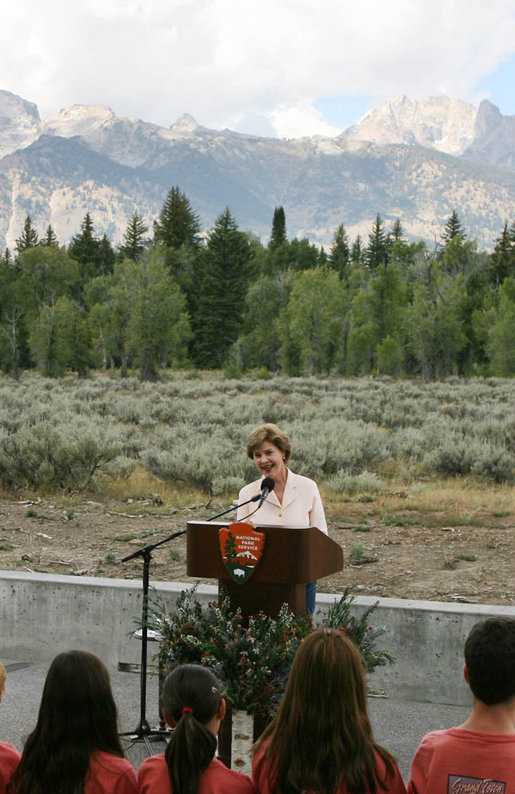 Mrs. Laura Bush speaks to Junior Ranger participants during her visit to Grand Teton National Park Aug. 27, 2007, in Moose, Wyo. White House photo by Shealah Craighead