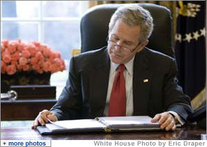 essay on george bush Heredity and environment played a great role on the life of george w bush, the president of the united states of america and the subject for this case study.